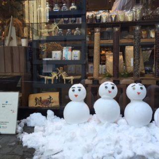 雪だるまが遊びに来たよ(^O^)