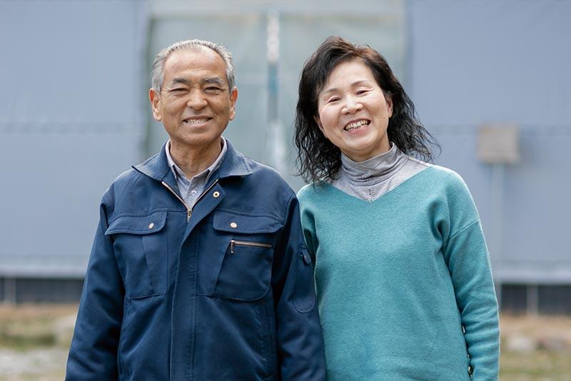 佐々木さんと妻の記子さん